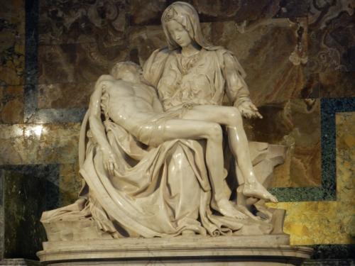 またかとお思いでしょうがU2追っかけてローマへ行ってきました。<br />ローマは3回目ですが初ユーロです!(何年前なんだ…)<br /><br />Joshua Tree Tour2017 欧州leg 7月15日(土)開演<br />スタディオ・オリンピコ(Stadio Olimpico, Roma)<br /><br />観光へ行く傍ら、サッカーを見に行く方の参考になればと思います。