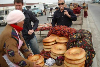 タシケントから陸路でタジキスタンの首都ドゥシャンベへ(2)