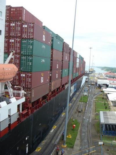パナマ・ペドロミゲル閘門(カリブ海側)