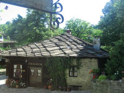 2008年ブルガリア旅行第8日目(1):バルカン山中のミュージーアム・タウン「ブジェンツィ村」
