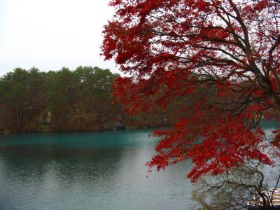 猪苗代湖から会津若松へ 紅葉を見る・戊辰を感じる 旅 1