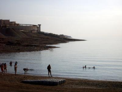 ヨルダンで死海浮遊体験!超豪華ホテルの数々