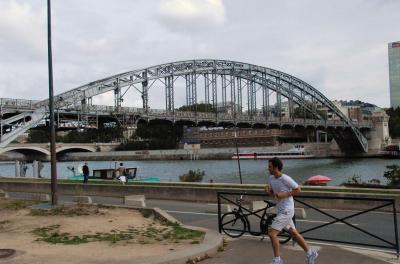 オーステルリッツ高架橋  LE VIADUC D'AUSTERLITZ  (33橋巡りの5)