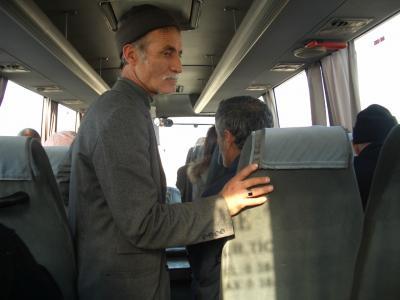 路線バスと徒歩でするカッパドキア(ギョレメ)観光