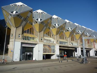 ベルギー・フランス自転車レース観戦&オランダ音楽旅行6 (ロッテルダム・キューブハウス編)