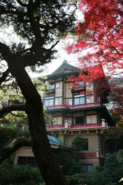 箱根宮の下「富士屋ホテル」で、和洋折衷の不思議な建築を楽しむ