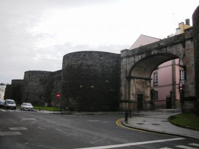 ルーゴ_Lugo 原形を留める城壁!ローマ帝国時代の建造技術を今に伝える