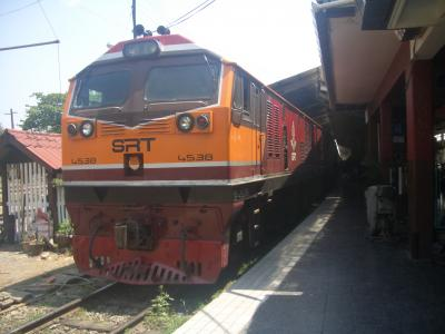 チェンマイ 4泊8日 六ノ巻 路地とバンコク行き寝台列車