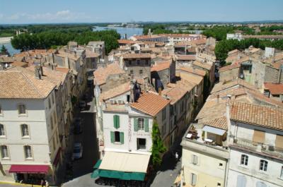 アルルのローマ遺跡と中世の街並み、そしてゴッホの足跡を探して~南仏の美しい村を訪ねて④