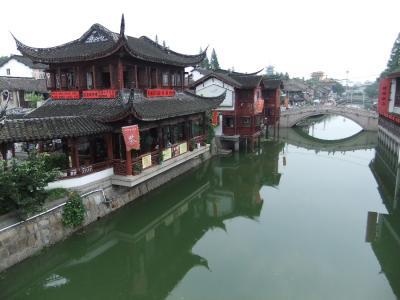 上海郊外、七宝古鎮へ