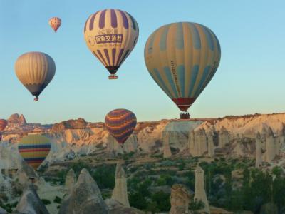 カッパドキア、熱気球ツアーは絶対お勧め!動画リンクも付いてます!