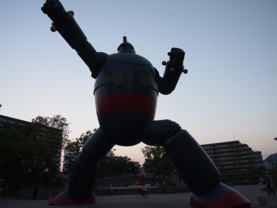 今行きたい場所に全部行く旅! ~②神戸で鉄人28号発見!~