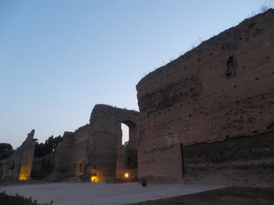 気ままなイタリア旅行♪ (4日目夜~5日) カラカラ浴場で野外オペラ~ローマ観光