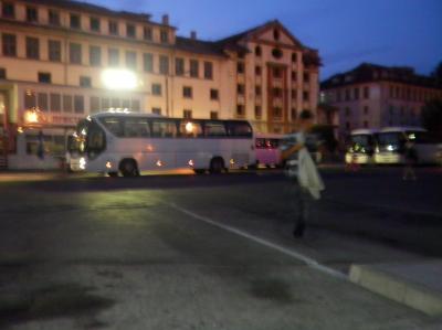 ユーラシア横断114: プロブディフ 「最後のホコ天ブラ」 と 「国際バス」