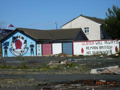 北アイルランド ベルファストへの旅(ジャイアンツ・コーズウェイ・壁画(murals)etc...)