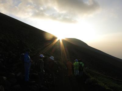 2013 世界遺産の山を登る (富士宮口登山)