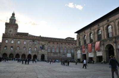 2012年イタリア・スイス旅行記 第35回 ボローニャの中心部を散策