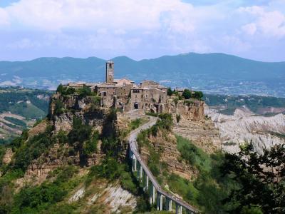 二度目のイタリア縦断;天空の村チヴィタ=ディバニョレージョと世界遺産の街ピエンツァ