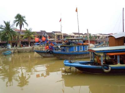 2度目のベトナムは正月のホイアンで伊勢うどんを食べる②
