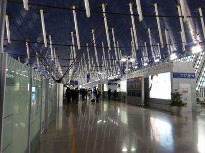 中国東方航空で上海浦東国際空港の乗り継ぎ