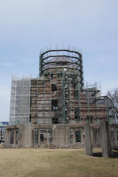 瀬戸内紀行 ~原爆ドームと広島城をめぐり、広島風お好み焼きを味わう~