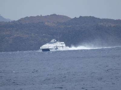 紺碧のエーゲ海に浮かぶ島々を訪ねて 【20】 いよいよサントリーニ島をあとに