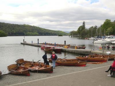 イギリスの旅(3)・・ワーズワースやポターが愛した湖水地方の、最大の湖ウィンダミア湖を訪ねて