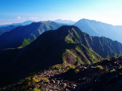 幾多の山を乗り越えて…  / 南アルプス南部主脈縦走(聖岳・赤石岳・荒川三山)