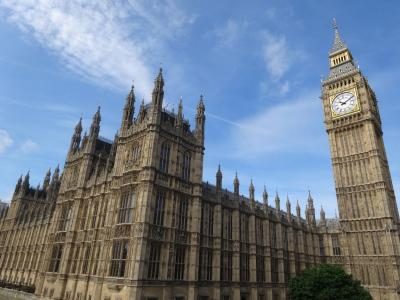 ♪とっても さわやか~ 夏のロンドン♪ vol.2 ☆ 歩いて乗って 大英帝国の歴史を感じまくる~っ! (ロンドン塔,ウェストミンスター寺院 etc. & パブ・デビュー)