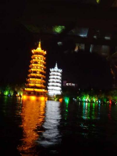 健康法師の小学生と行く中国旅行 桂林料理 四湖ナイトクルーズ