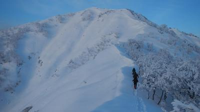 上越冬季限定で登れるタカマタギ山・日白山へ