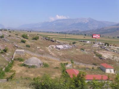 アルバニアの都市の一覧