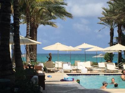 Grand Beach Hotel Surfsideというホテル