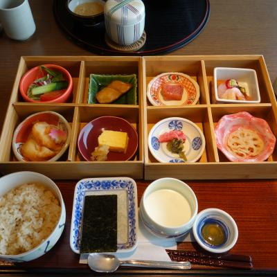 評判のホテルの朝食。おいしくいただきました。