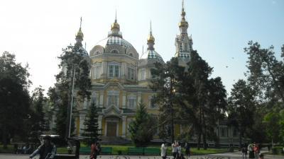 還暦夫婦 サマルカンド3カ国迷走旅行 カザフスタンのアルマティ観光