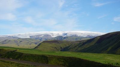 オーロラを探して、たどり着いたのはアイスランドでした。-ヴィーク(滝×2・黒砂海・氷河)-(Fall・BSB・Glacier)