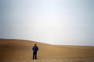 砂漠の雄大な景色を眺めて、アルジェから10時間で、トゥーグルト(TOUGGOURT)へ到着@トゥーグルト(TOUGGOURT)/アルジェリア