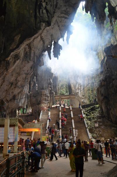 マレーシア滞在記No.4 : ヒンドゥー教の聖地バトゥ洞窟とマレーシアフィルの「田園交響曲」