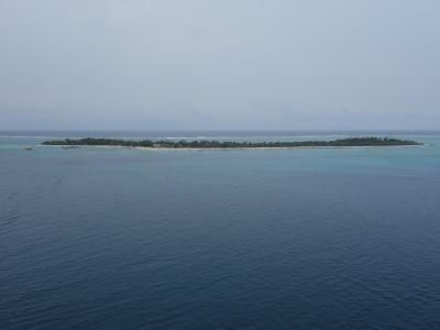 ミステリー・アイランドの島歩き。あっち,こっち,とほっつき歩く。小さな島ならではです。