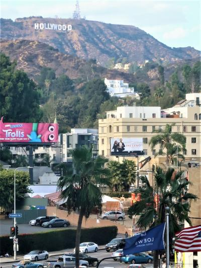 アメリカ西部55 ロサンゼルス/ハリウッド 映画産業の中心地 ☆ドルビーシアター前で