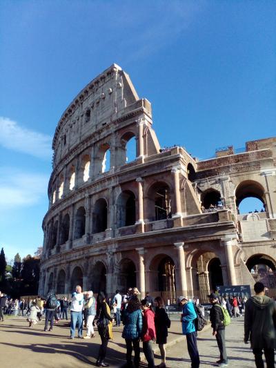 イタリア近辺6カ国旅行:11/28、29(スイスから移動して昼のローマ)