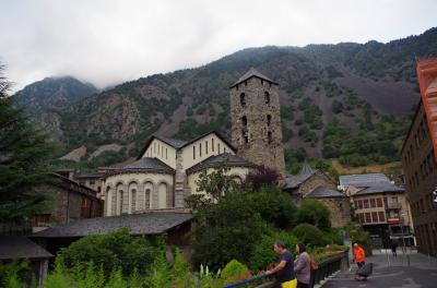 美しき南西フランスから美食バスクまで絶景ピレネー山脈縦断(バス酔いに苦しんだが翌朝の景色は素晴らしかった)