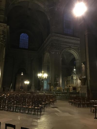 フランス・パリで静寂を知り、ルーヴル美術館で感動再び
