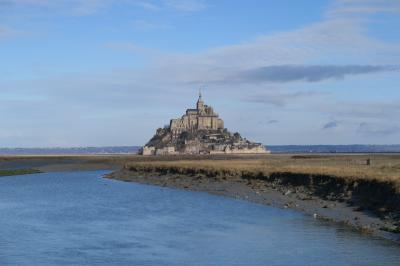 パリから世界遺産モンサンミッシェルと海の幸を求めサン・マロへ(1)