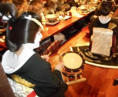 女形芸者、まつ乃屋女将・栄太朗さんと新年会