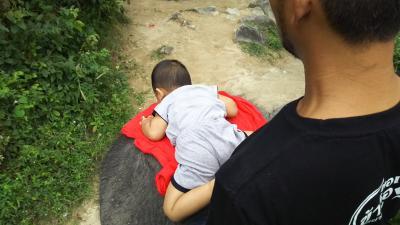 子連れ象使い登場! そしてオレはベビーシッターになる