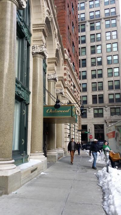 仕事人への瞬間観光案内、、、アメリカボストンオークウッドアパート
