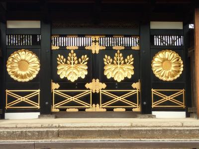 伏見をちょこっと歩き(小野小町の随心院、国宝ぞろいの醍醐寺、酒蔵の伏見)