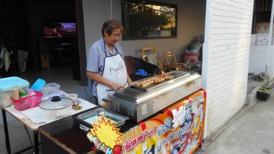 スローライフチェンマイ~ タイ飯巡り~街のテイクアウト店