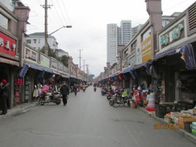 上海の霊岩服飾街(成山路・霊岩路)